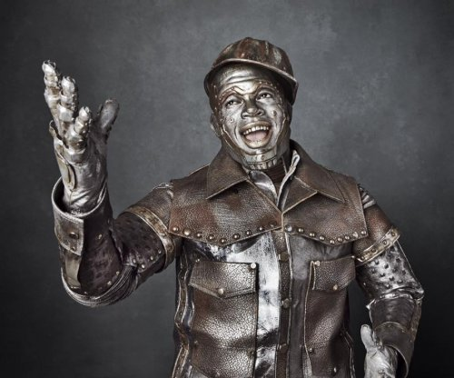 Ne-Yo stars as the Tin Man in 'The Wiz Live!' photo
