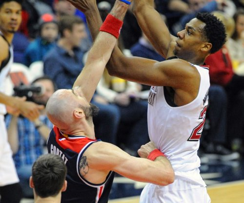 Miami Heat's Hassan Whiteside diagnosed with sprained MCL