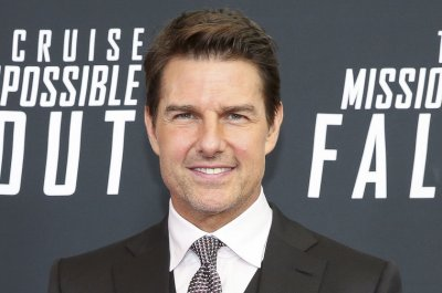 'Top Gun: Maverick': Tom Cruise goes behind-the-scenes in new video