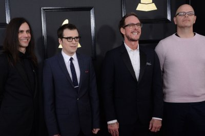 Weezer releases new music video for single 'All My Favorite Songs'