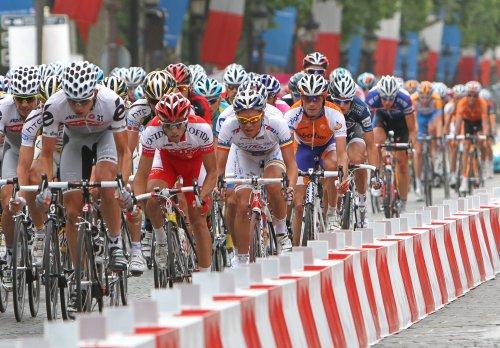 Cyclist Laurent Fignon dies at age 50