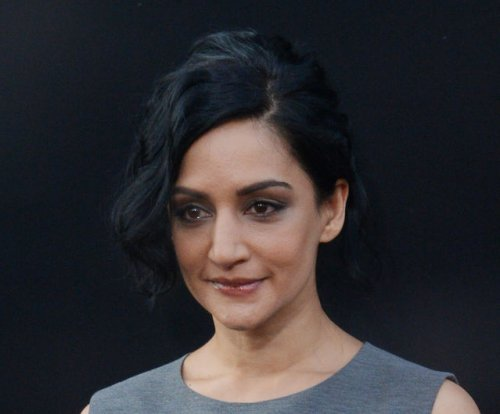 Archie Panjabi addresses final scene with Julianna Marguiles