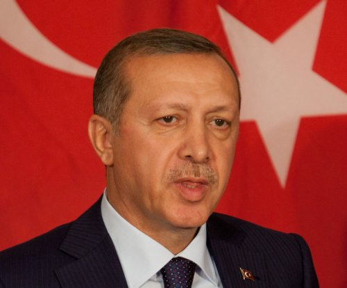 Russia accuses Turkey's Erdogan of oil dealings with IS