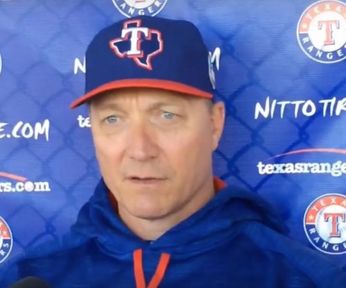 Texas Rangers extend contract of manager Jeff Banister