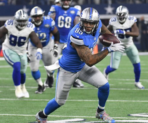 Colts ink TE Eric Ebron to 2-year deal