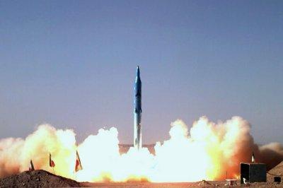 Iran tests new Sajil-2 missile that can hit Tel Aviv, Athens