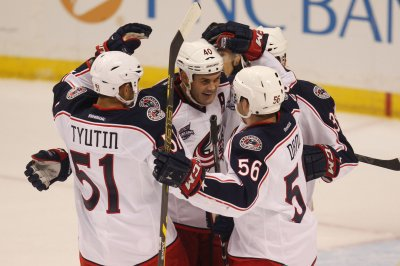 Columbus Blue Jackets come back to top Philadelphia Flyers in OT