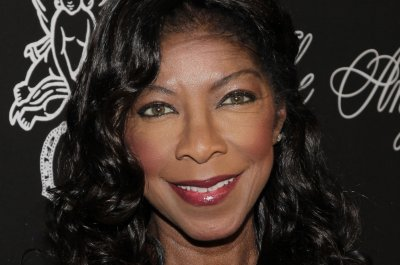 Family, fans of Natalie Cole react to 'disrespectful' Grammys tribute