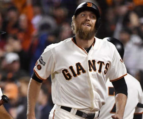 Giants hope to get lift from Hunter Pence vs. Phillies