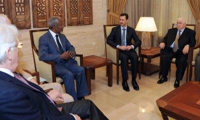U.S.: Assad losing grip on power