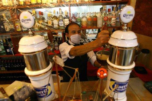 Swine flu concerns close schools