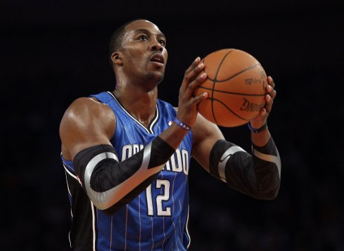 Surgery to keep Dwight Howard from post-season