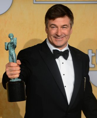 Alec Baldwin calls NYC 'a mismanaged carnival of stupidity'