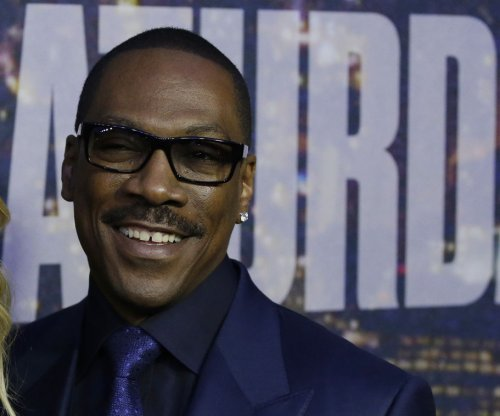 Eddie Murphy in talks to play father of comedy icon Richard Pryor in biopic