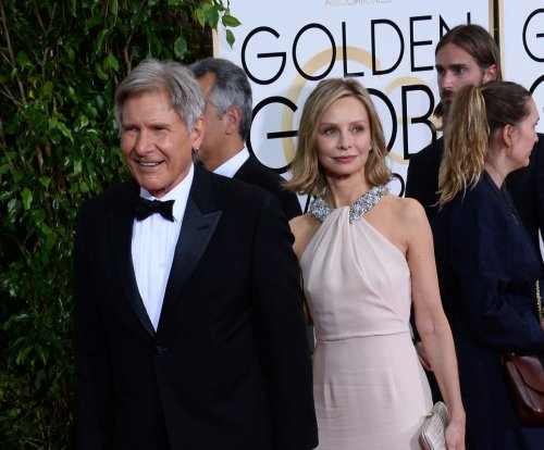Harrison Ford still hospitalized, gets daily visits from Calista Flockhart