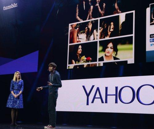 Fired Yahoo! employee files lawsuit claiming manipulation, gender bias