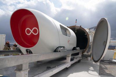 Virgin tests Hyperloop XP-2 with human passengers for 1st time