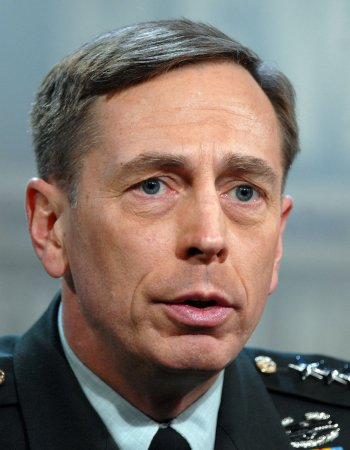 Petraeus: Further Iraq reductions possible