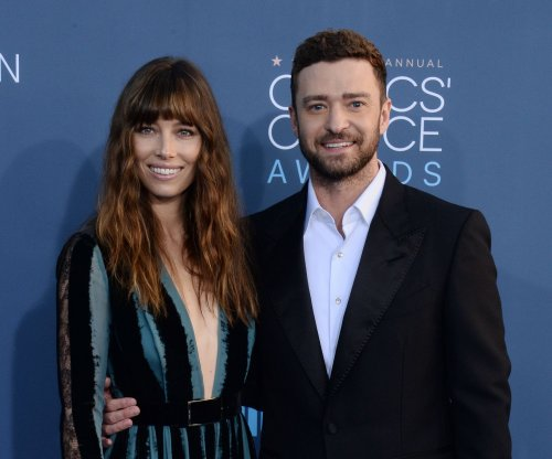 Justin Timberlake, Jessica Biel dazzle at Critics' Choice Awards