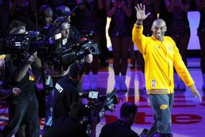 Kobe Bryant: Sports world praises Lakers legend before jersey retirement