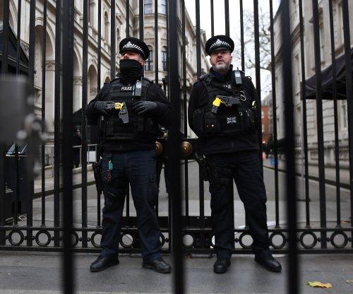 Police arrest 4 for plotting British terror attack