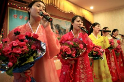 North Korean waitresses afraid to be 'discarded' like trash, contact says