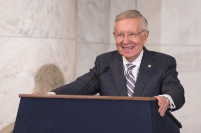 Harry Reid undergoes surgery for pancreatic tumor