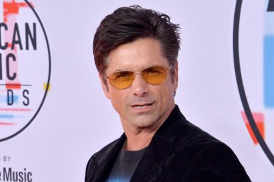 'Little Mermaid Live': John Stamos, Graham Phillips join cast