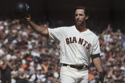 Arizona Diamondbacks agree to $85M deal with pitcher Madison Bumgarner