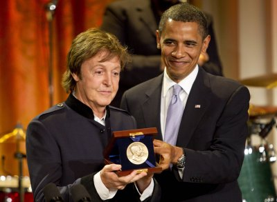 McCartney, Winfrey among Kennedy honorees