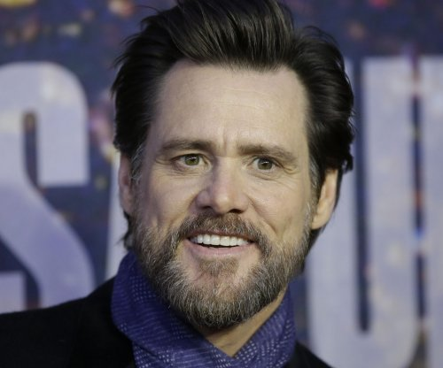 Jim Carey calls Calif. governor 'corporate fascist' over vaccine bill
