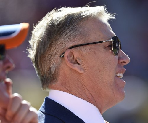 Denver Broncos' Elway explains draft plans that landed QB Paxton Lynch