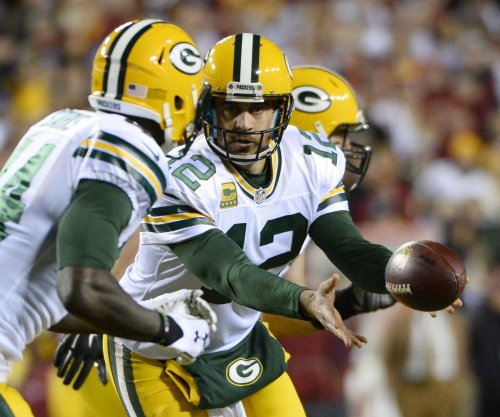 Green Bay Packers hope Aaron Rodgers get mojo back at Lambeau