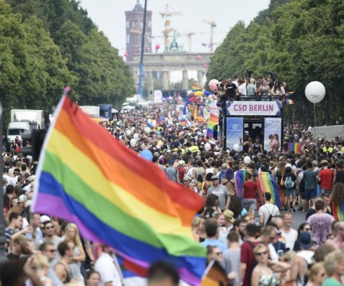 German parliament throws out decades of anti-gay convictions
