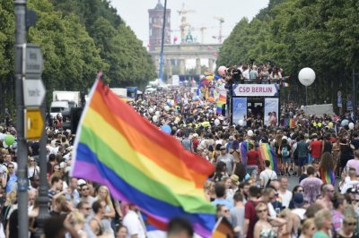 German parliament throws out thousands of anti-gay convictions