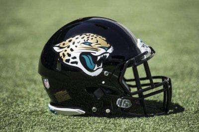 Jacksonville Jaguars bring back DB Charlie Miller