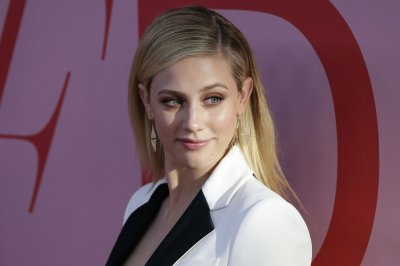 Reports: 'Riverdale' co-stars Lili Reinhart, Cole Sprouse split up
