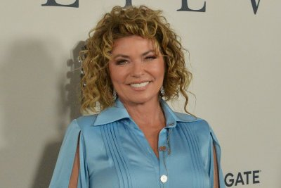 Shania Twain to release 'The Woman in Me' reissue in October