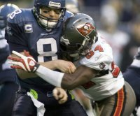 Ex-Florida State, Tampa Bay Buccaneers LB Geno Hayes, 33, in hospice care