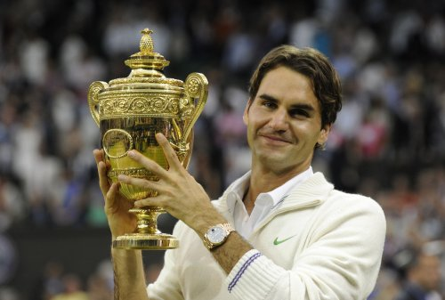 Federer sets record for weeks at No. 1