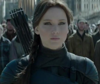 Jennifer Lawrence fights back in 'Mockingjay - Part 2' trailer