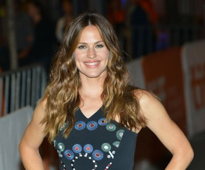 Jennifer Garner on parenting her three kids: 'I give it all I can'