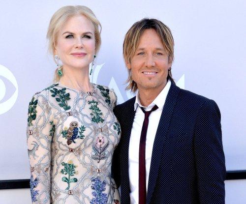 Nicole Kidman doesn't text Keith Urban: 'We're old-school'