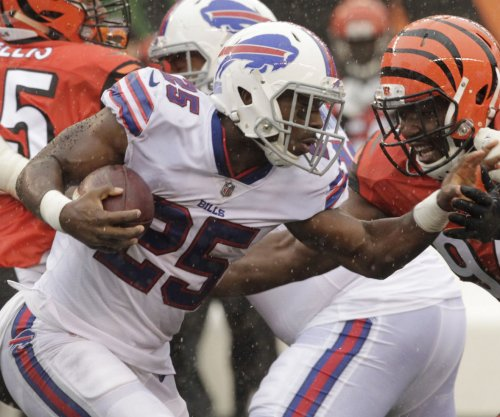 Buffalo Bills: LeSean McCoy sheds boot, questionable for playoff game