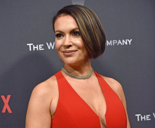 'Insatiable': Alyssa Milano responds to fat-shaming backlash
