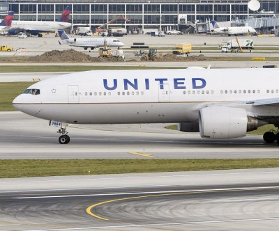 United is first U.S. airline to offer COVID-19 tests to travelers