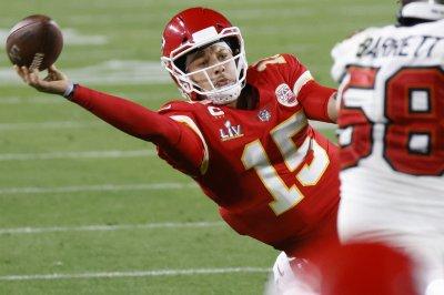 Fantasy football: Patrick Mahomes, Kyler Murray top Week 1 quarterback rankings