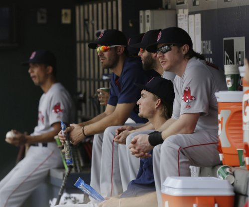Rich Hill helps Boston Red Sox beat Toronto Blue Jays