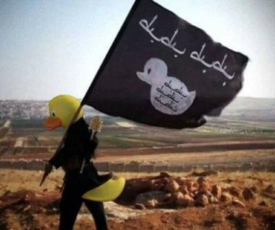 Internet mocks Islamic State by editing rubber ducks into recruitment photos