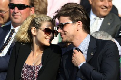Josh Hartnett, girlfriend Tamsin Egerton welcome first child
